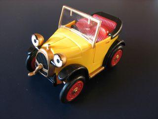 Auto jaune